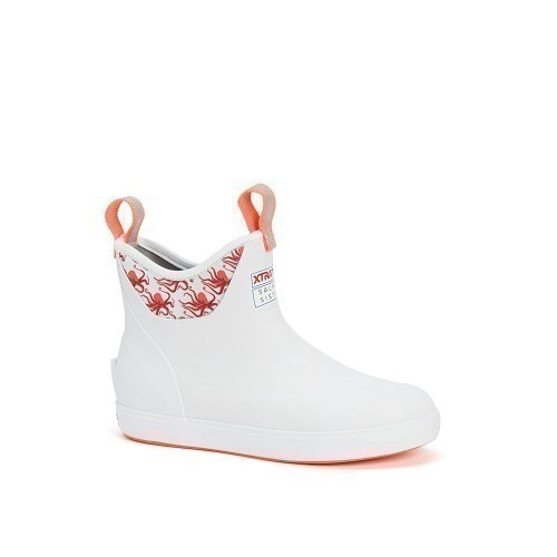 Women's Salmon Sisters 6 in. White Ankle Boot Thumbnail
